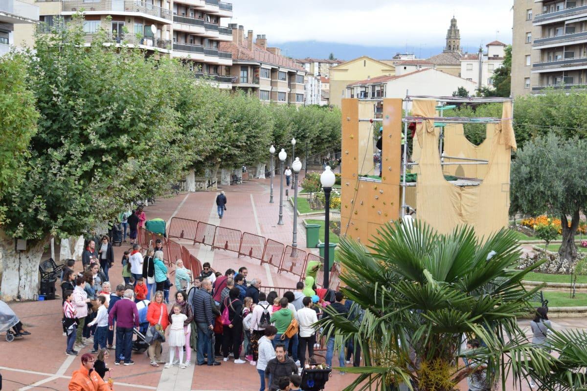Concursos y actividades para todos los públicos en los Jardines de la Vega 29
