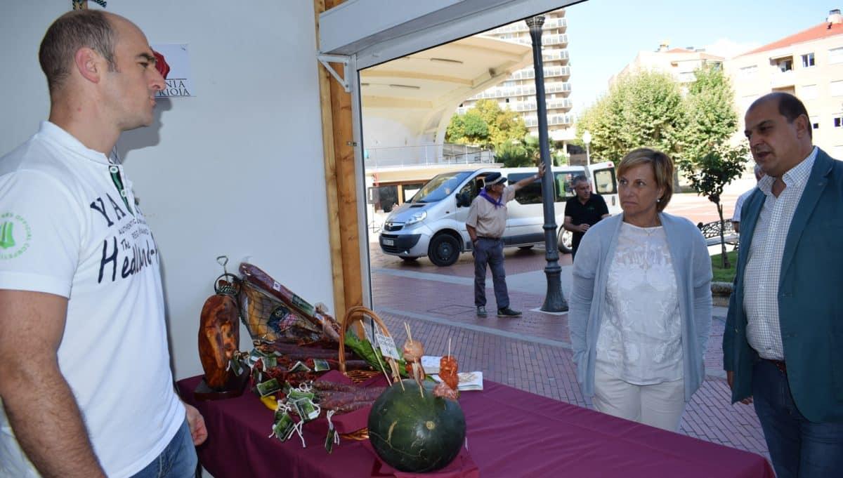 Inaugurada en Haro la Feria de Artesanía Artística y Agroalimentaria Riojana 7