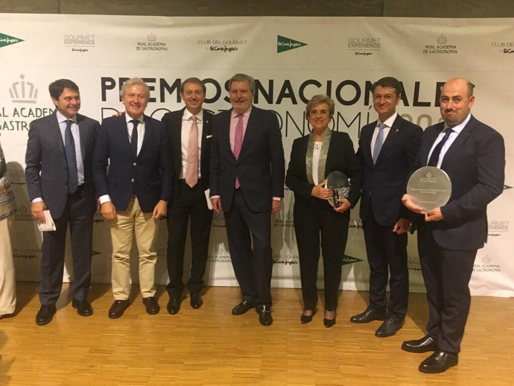 Vivanco y Carlos Echapresto reciben los galardones de los Premios Nacionales de Gastronomía 2016 1
