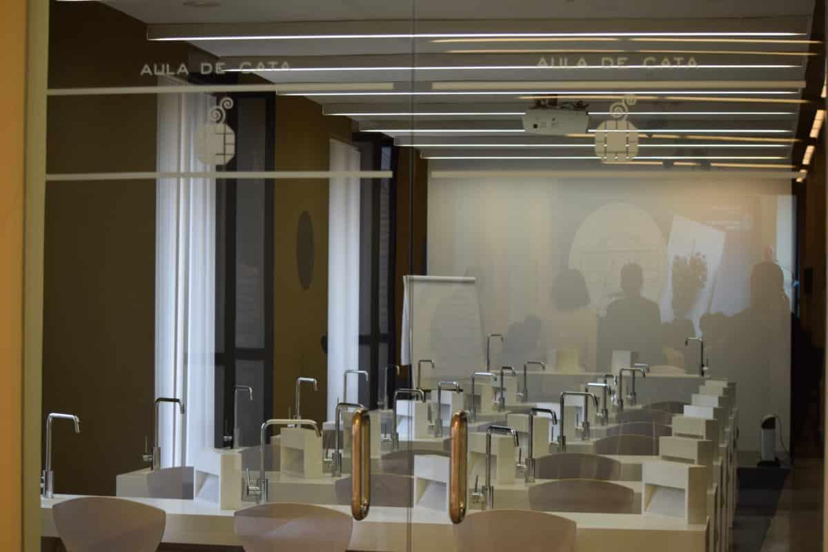 La Enológica de Haro cumple 125 años de historia al servicio del vino 17