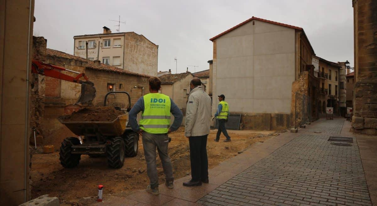 Se inician las obras del aparcamiento de la calle Santiago 1