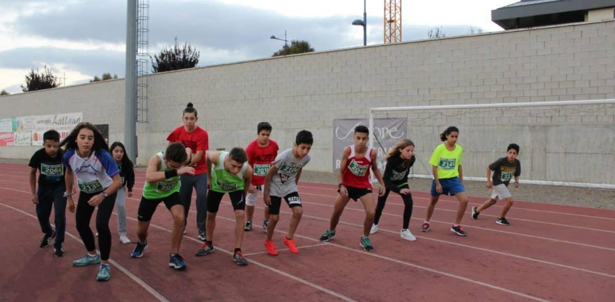 Unos 300 corredores disputan la séptima edición de las Carreras de la Vendimia 11