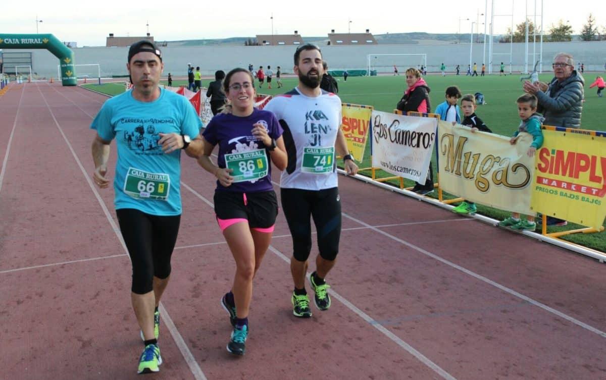 Unos 300 corredores disputan la séptima edición de las Carreras de la Vendimia 13