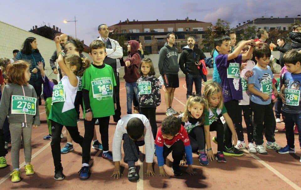 Unos 300 corredores disputan la séptima edición de las Carreras de la Vendimia 8