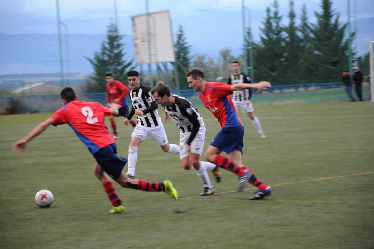 Rácana victoria del Haro Deportivo en Viana 12