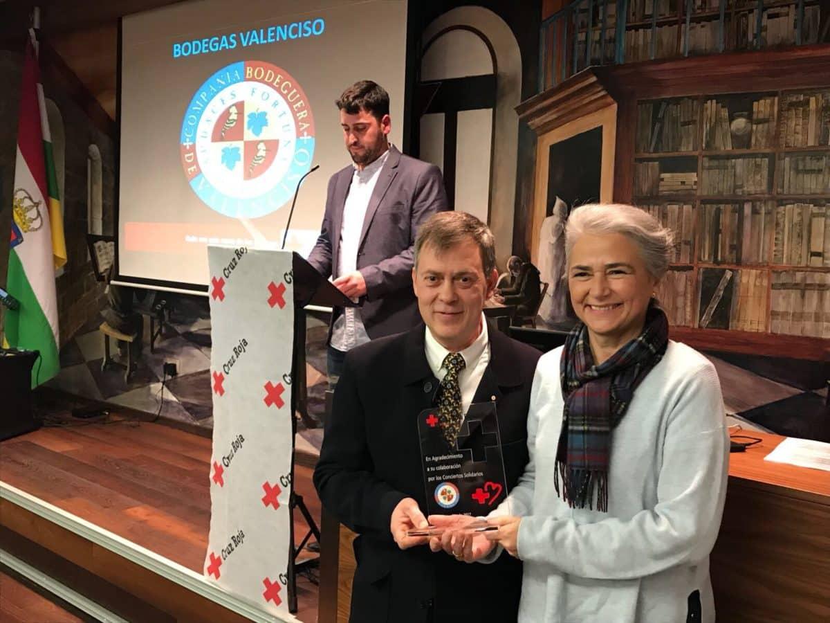 Cruz Roja reconoce la labor de Bodegas Valenciso, Inmaculada Carreiras y Fermín Aceña 3
