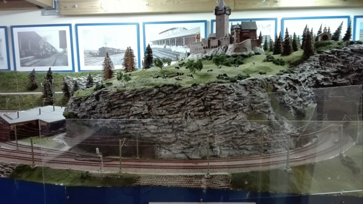 El puente sobre el río Tirón en Haro, una de las novedades de la exposición de la Asociación de Amigos del Ferrocarril 6