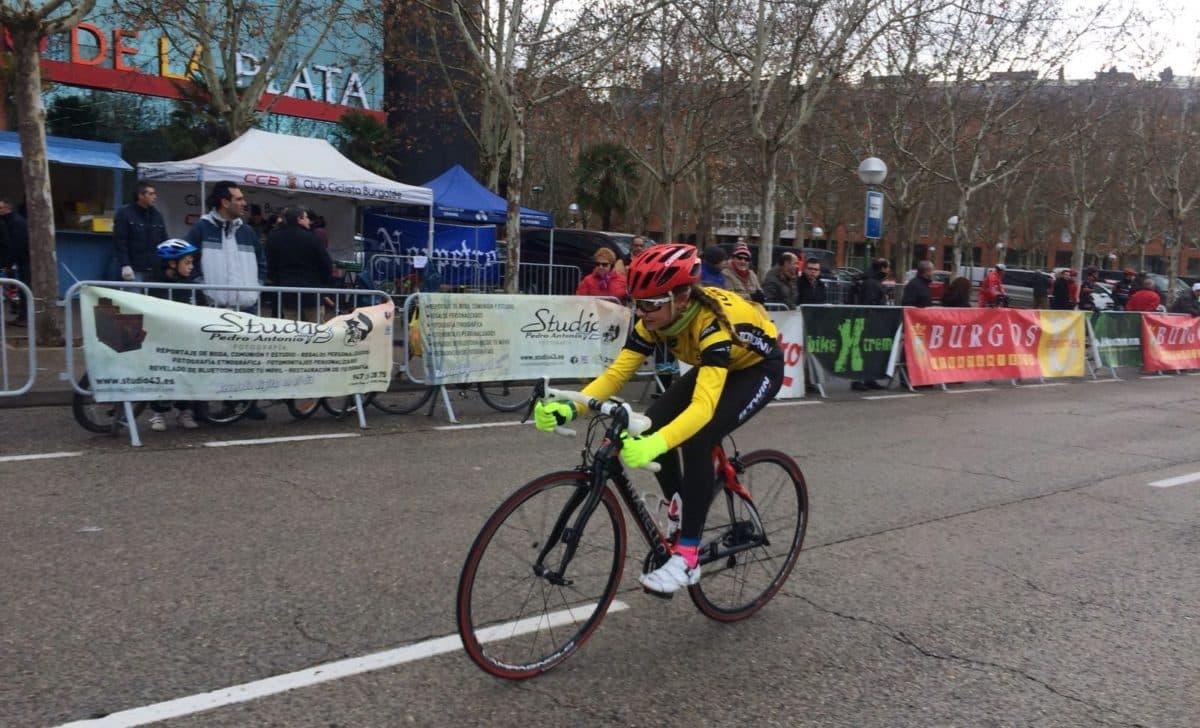La jarrera María López, tercera en la Carrera del Pavo de Burgos 4