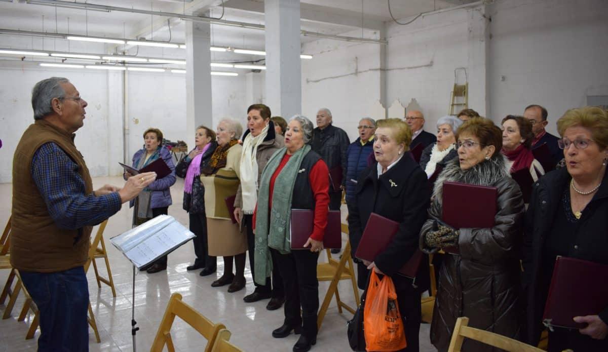 Sábado de celebración en el Barrio de Santa Lucía 2