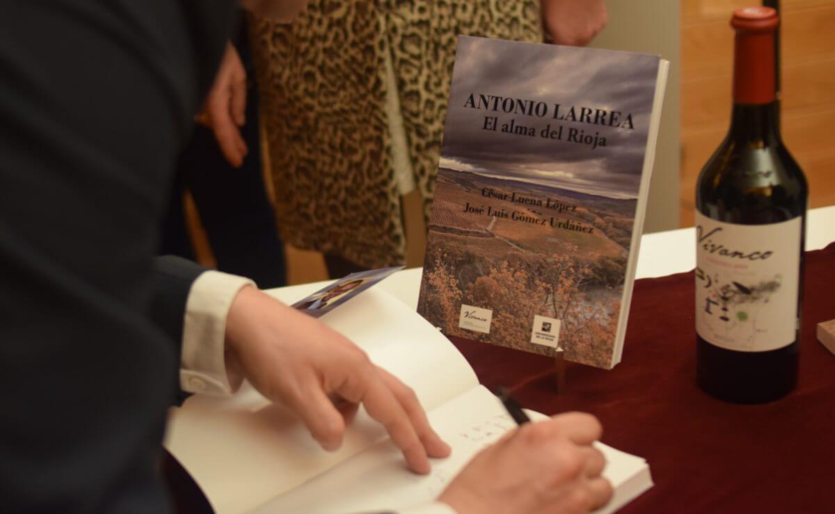 Antonio Larrea, puente entre el pasado y el futuro del Rioja 14