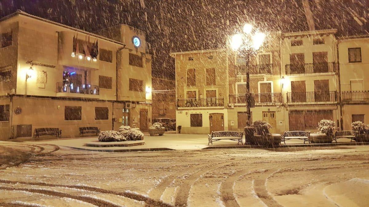 Estampas de la nevada en la Rioja Alta: paisajes vestidos de blanco para despedir la Navidad 13