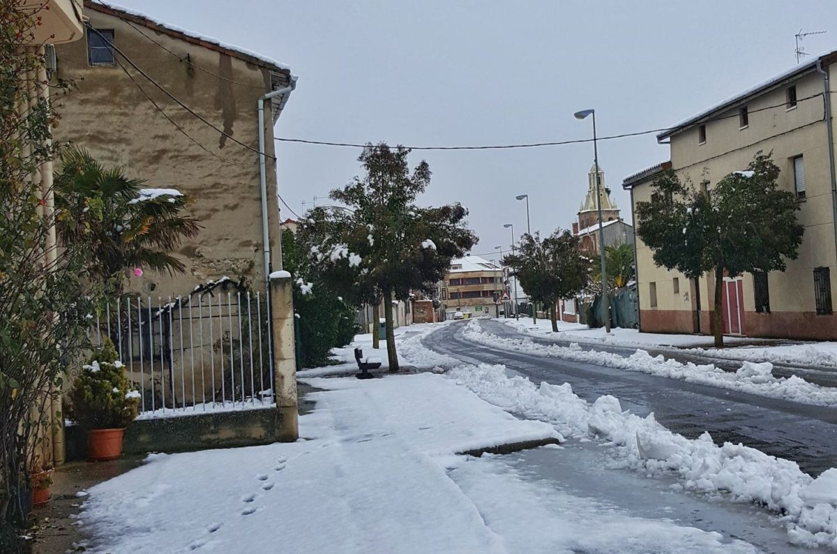 Estampas de la nevada en la Rioja Alta: paisajes vestidos de blanco para despedir la Navidad 17