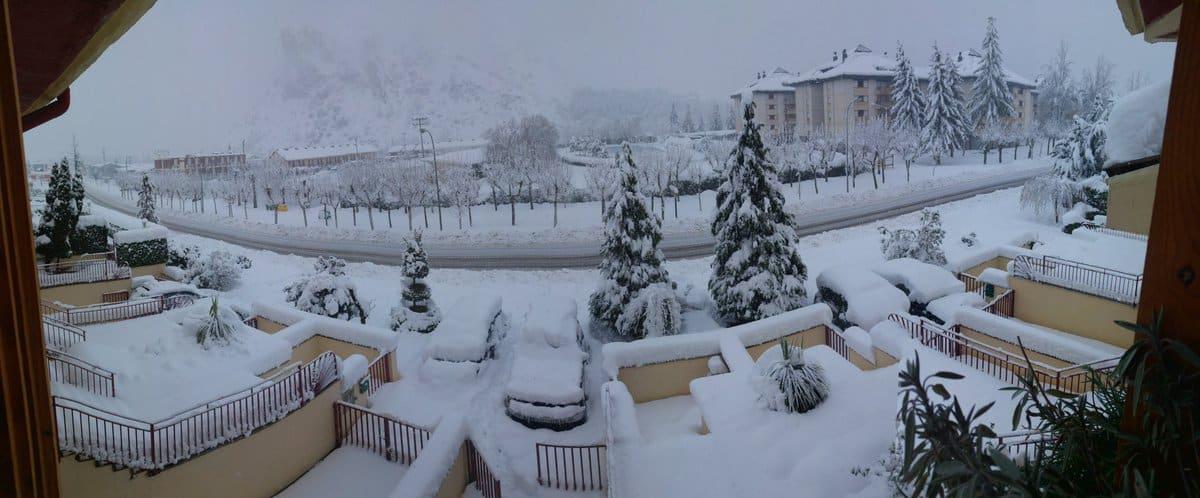 Estampas de la nevada en la Rioja Alta: paisajes vestidos de blanco para despedir la Navidad 5