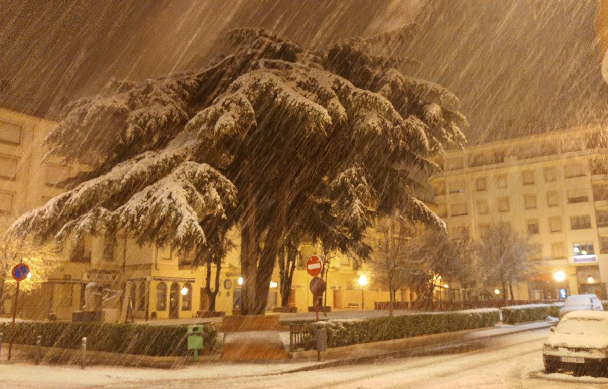 Estampas de la nevada en la Rioja Alta: paisajes vestidos de blanco para despedir la Navidad 3