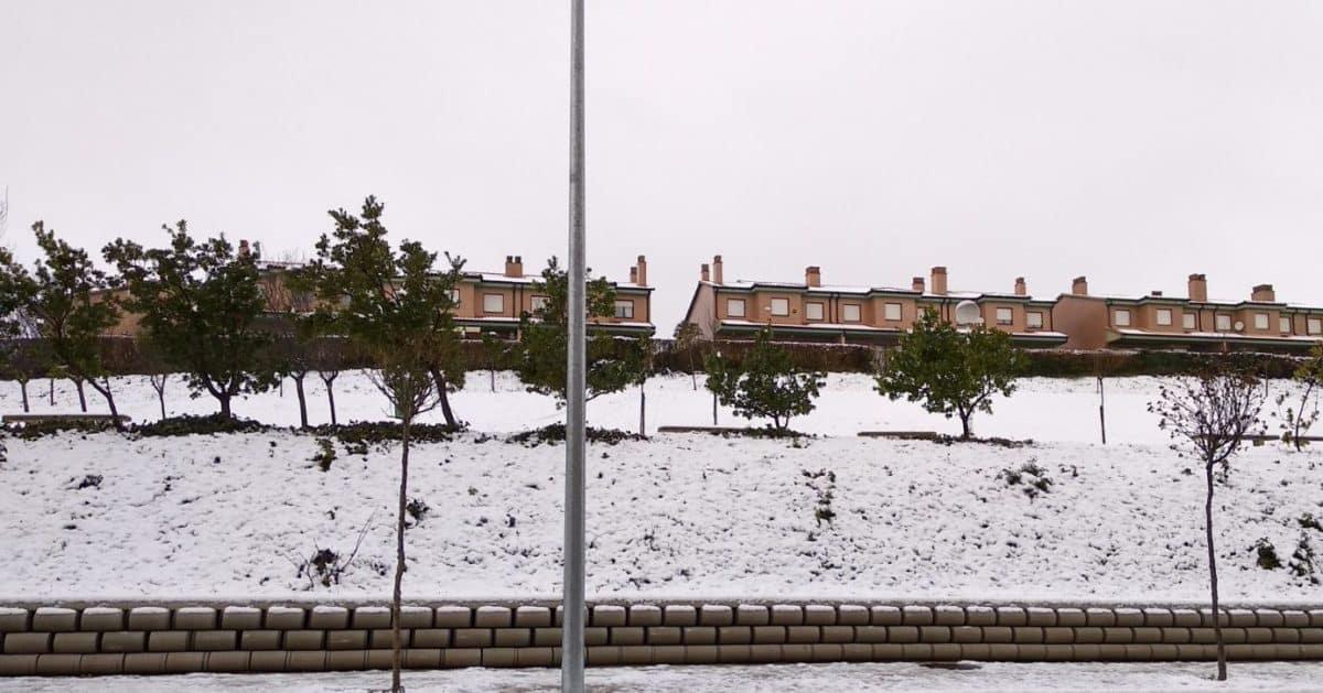 Estampas de la nevada en la Rioja Alta: paisajes vestidos de blanco para despedir la Navidad 1