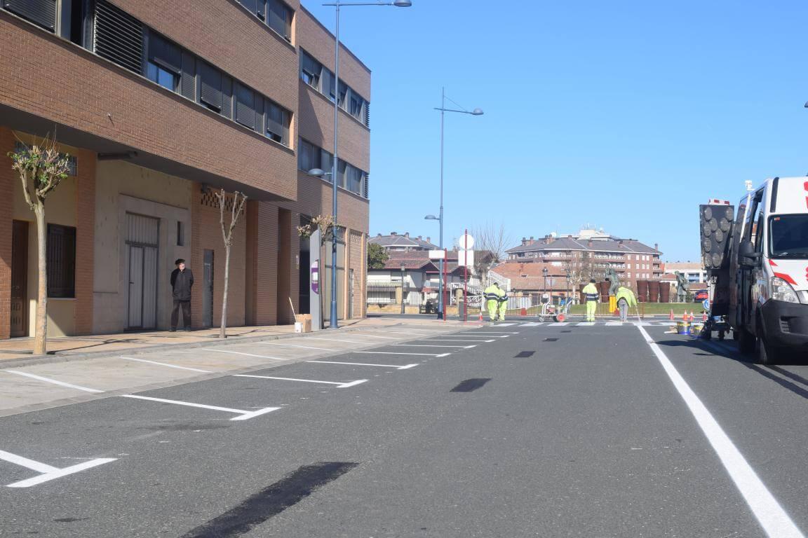 La nueva calle Julián Fernández Ollero: más de 40 plazas en batería marcha atrás 4