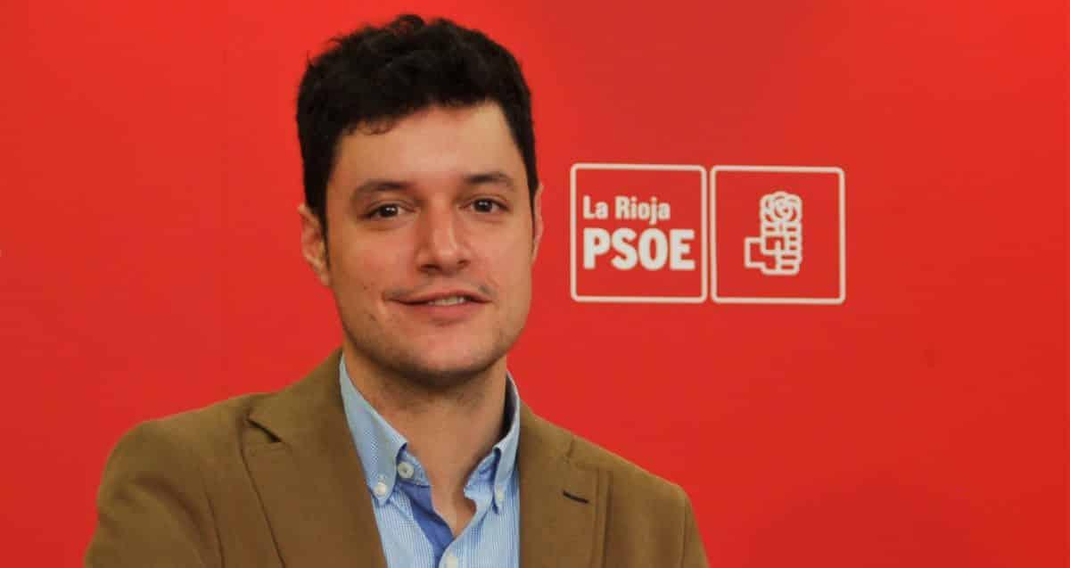 """Raúl Díaz (PSOE): """"La gestión del PP hizo que la AP-68 y la A-12 se convirtieran en una ratonera"""" 1"""