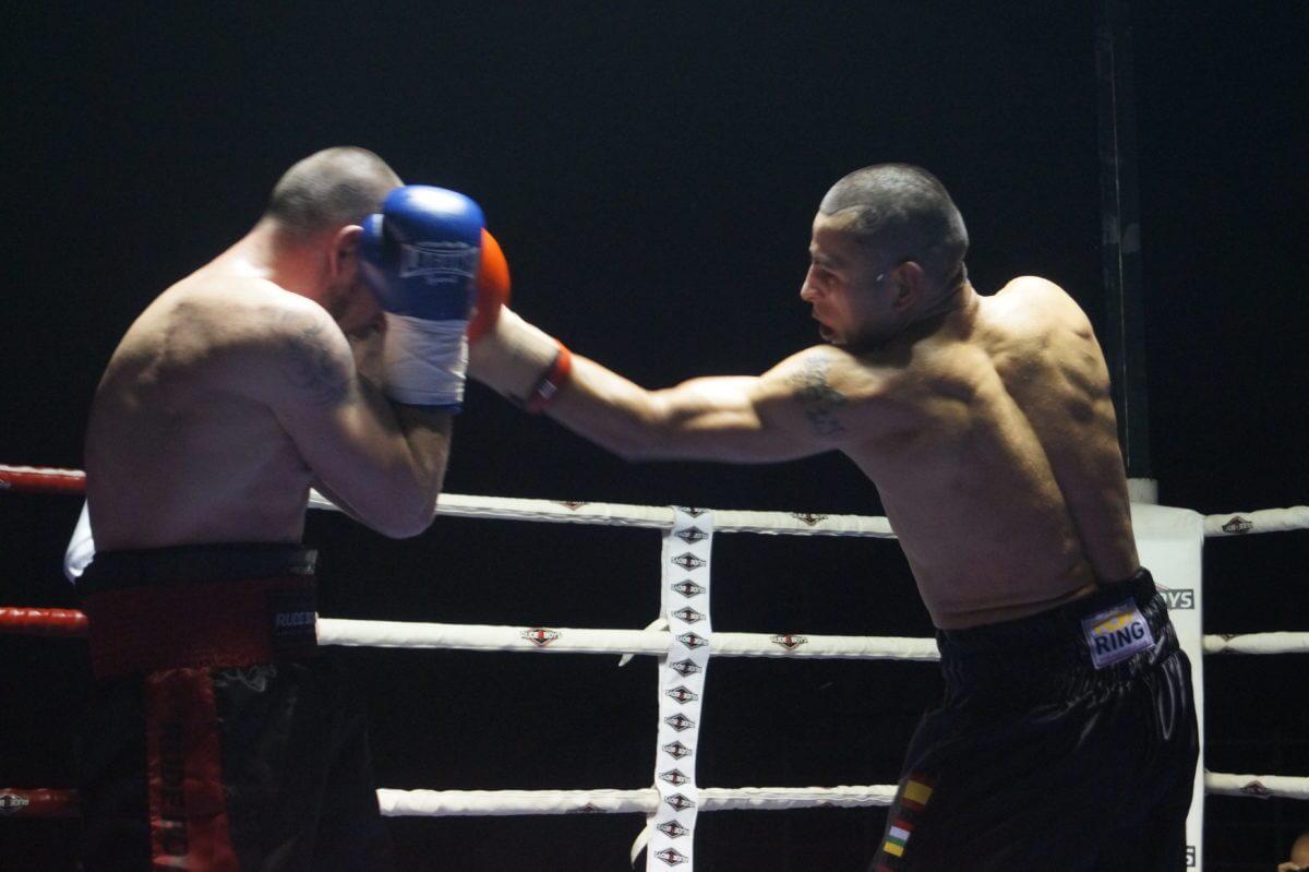 El boxeo riojano homenajea al medallista olímpico Carlos Coloma 2