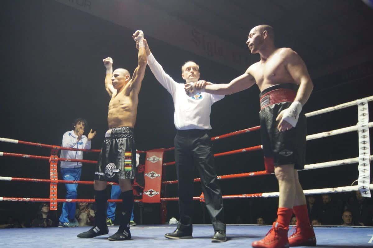 El boxeo riojano homenajea al medallista olímpico Carlos Coloma 3