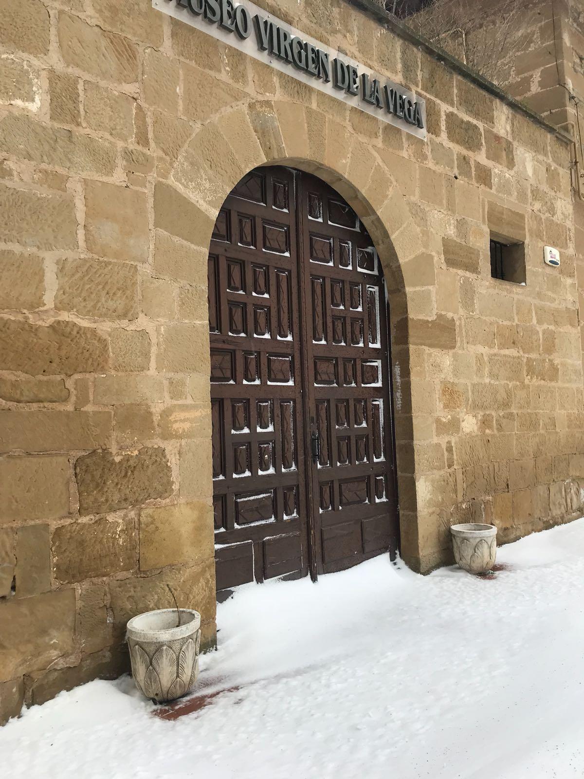 La borrasca atlántica Emma viste de blanco la Rioja Alta 9
