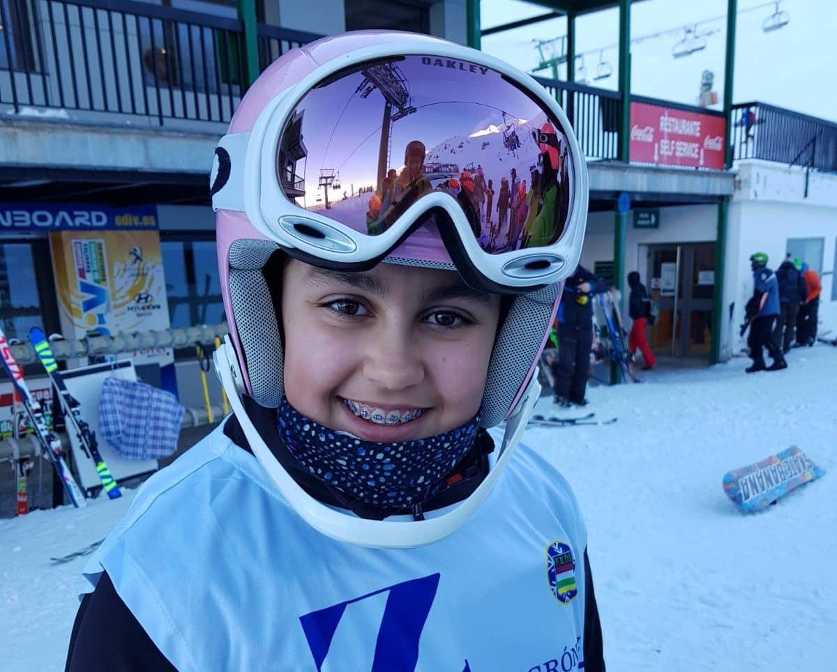 La jarrera Blanca Capellán se corona campeona de La Rioja de esquí en su categoría 1