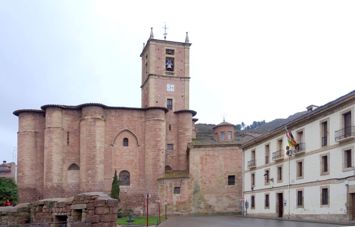 Imagen exterior del Monasterio de Santa María La Real de Nájera | Josu Bilbao Fullaondo