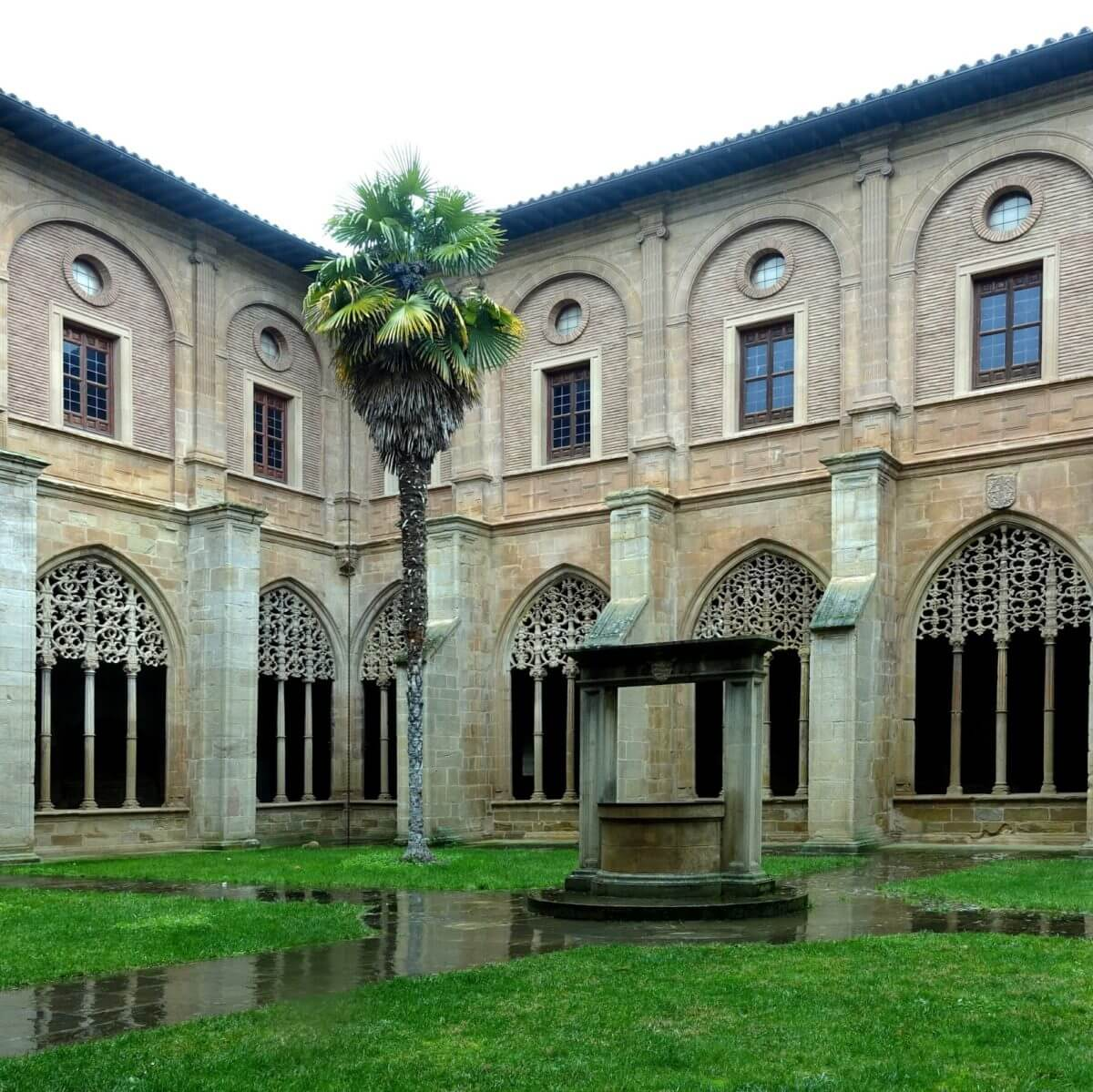 Un recorrido por el Monasterio de Santa María La Real de Nájera 4