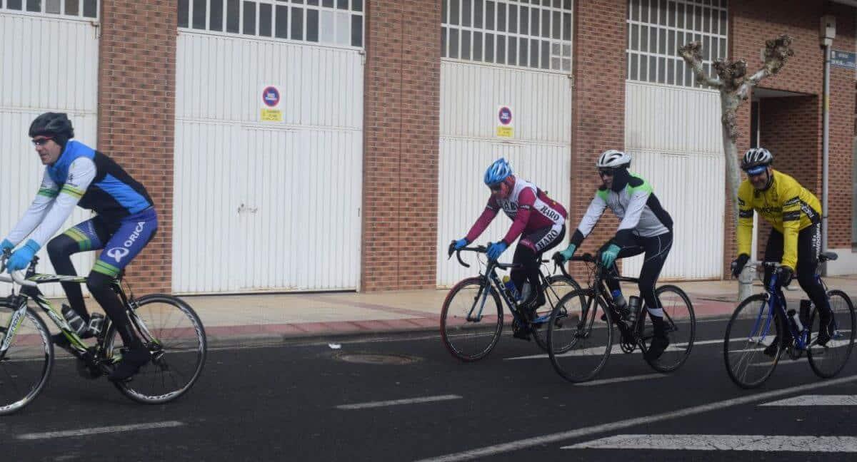 Arrancan las salidas cicloturistas del Club Ciclista Harense 10