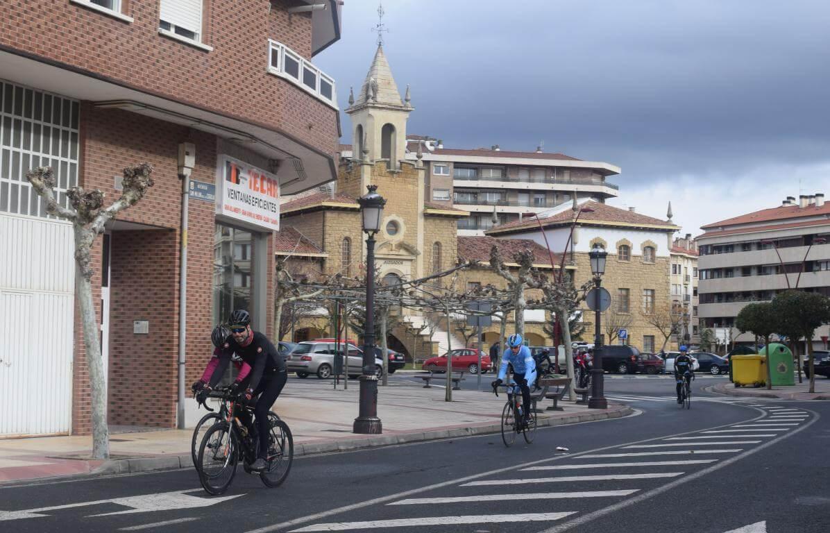 Arrancan las salidas cicloturistas del Club Ciclista Harense 11