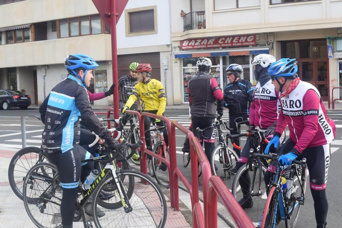 Arrancan las salidas cicloturistas del Club Ciclista Harense 2