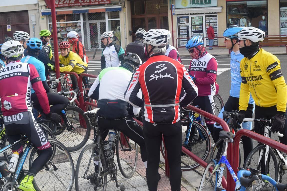 Arrancan las salidas cicloturistas del Club Ciclista Harense 6
