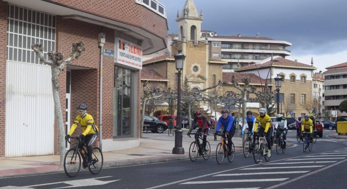 Arrancan las salidas cicloturistas del Club Ciclista Harense 9
