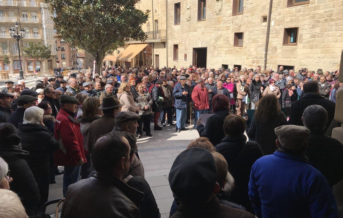 Cientos de personas se manifiestan en Haro y Nájera por unas pensiones dignas 3
