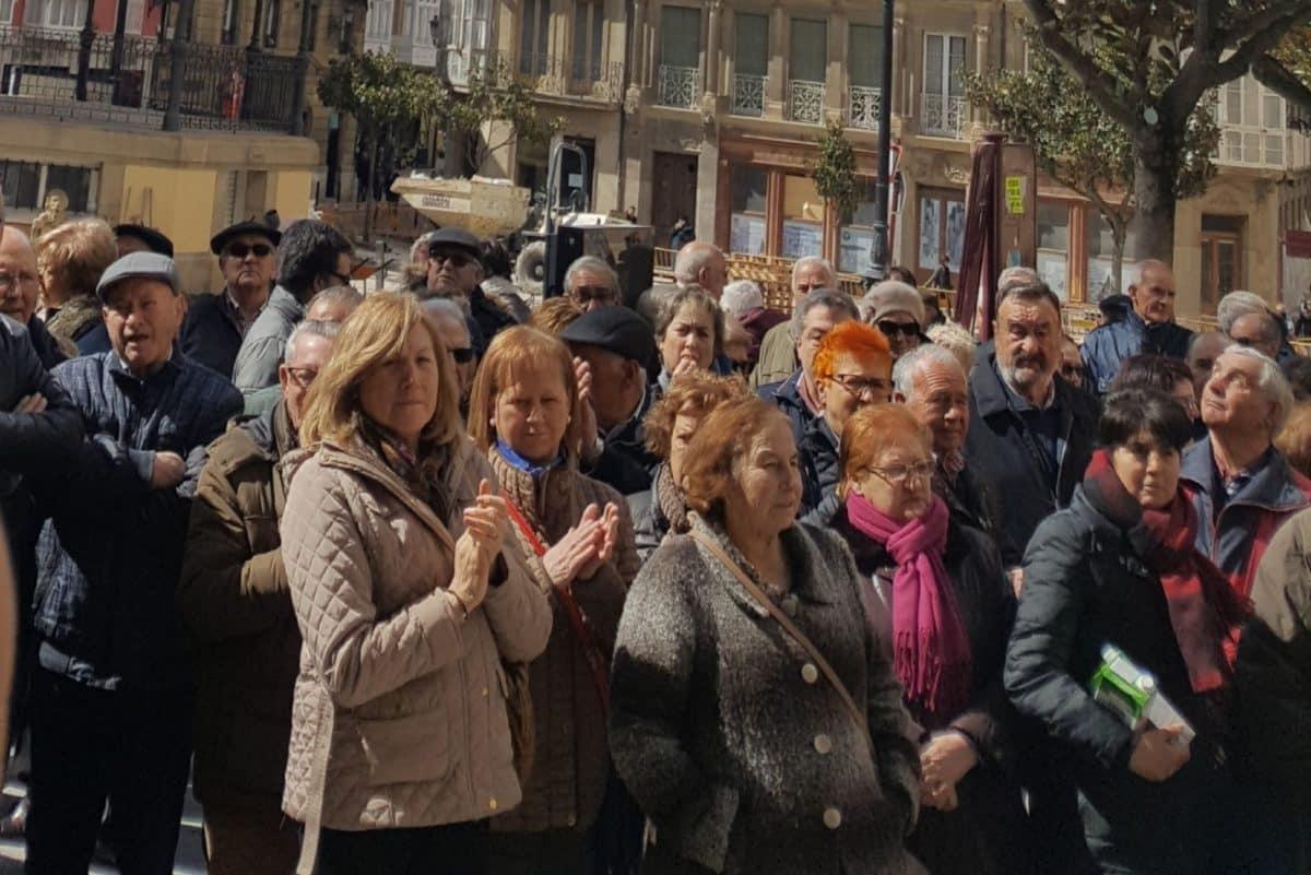 Cientos de personas se manifiestan en Haro y Nájera por unas pensiones dignas 5