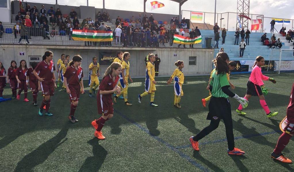 El paso de Ana Carvalho y Lara Rubio por el Campeonato de España Alevín con la selección riojana 2