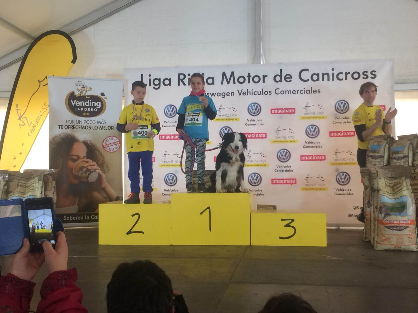 Felipe Larrazabal y Bárbara Badosa fueron los ganadores del Canicross Demanda Xtrem 2018 3