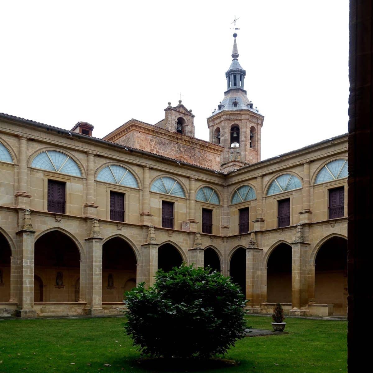 Un recorrido por los orígenes y la leyenda del monasterio de Yuso 6
