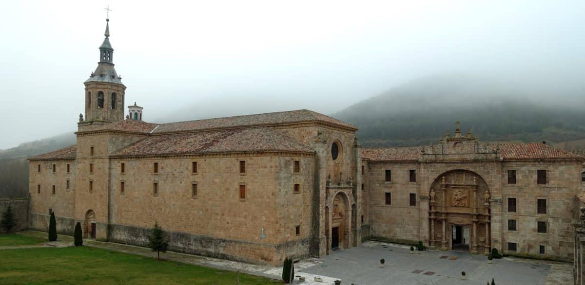 Un recorrido por los orígenes y la leyenda del monasterio de Yuso 1