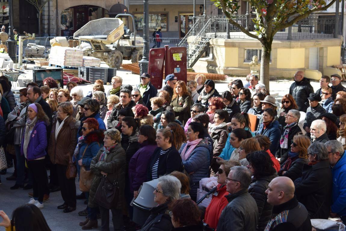 Las imágenes de la concentración en Haro con motivo del Día Internacional de la Mujer 7