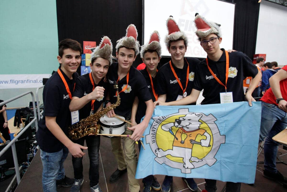 Premio para los Los Acuáticos del colegio San Lorenzo de Ezcaray en la Gran Final FIRST LEGO League España 11
