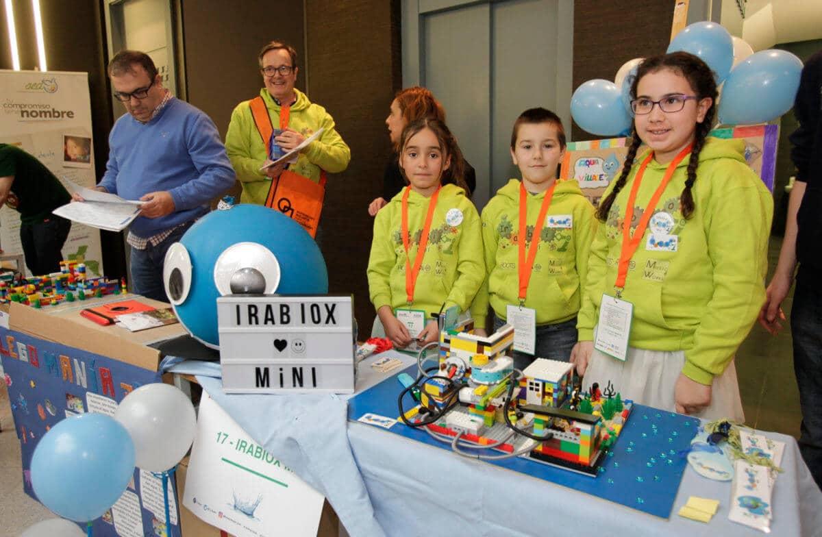 Premio para los Los Acuáticos del colegio San Lorenzo de Ezcaray en la Gran Final FIRST LEGO League España 14