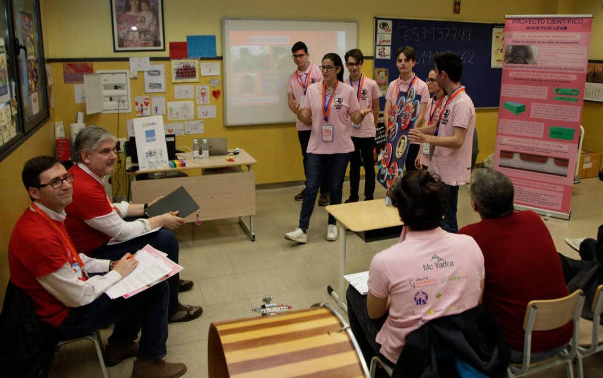 Premio para los Los Acuáticos del colegio San Lorenzo de Ezcaray en la Gran Final FIRST LEGO League España 15