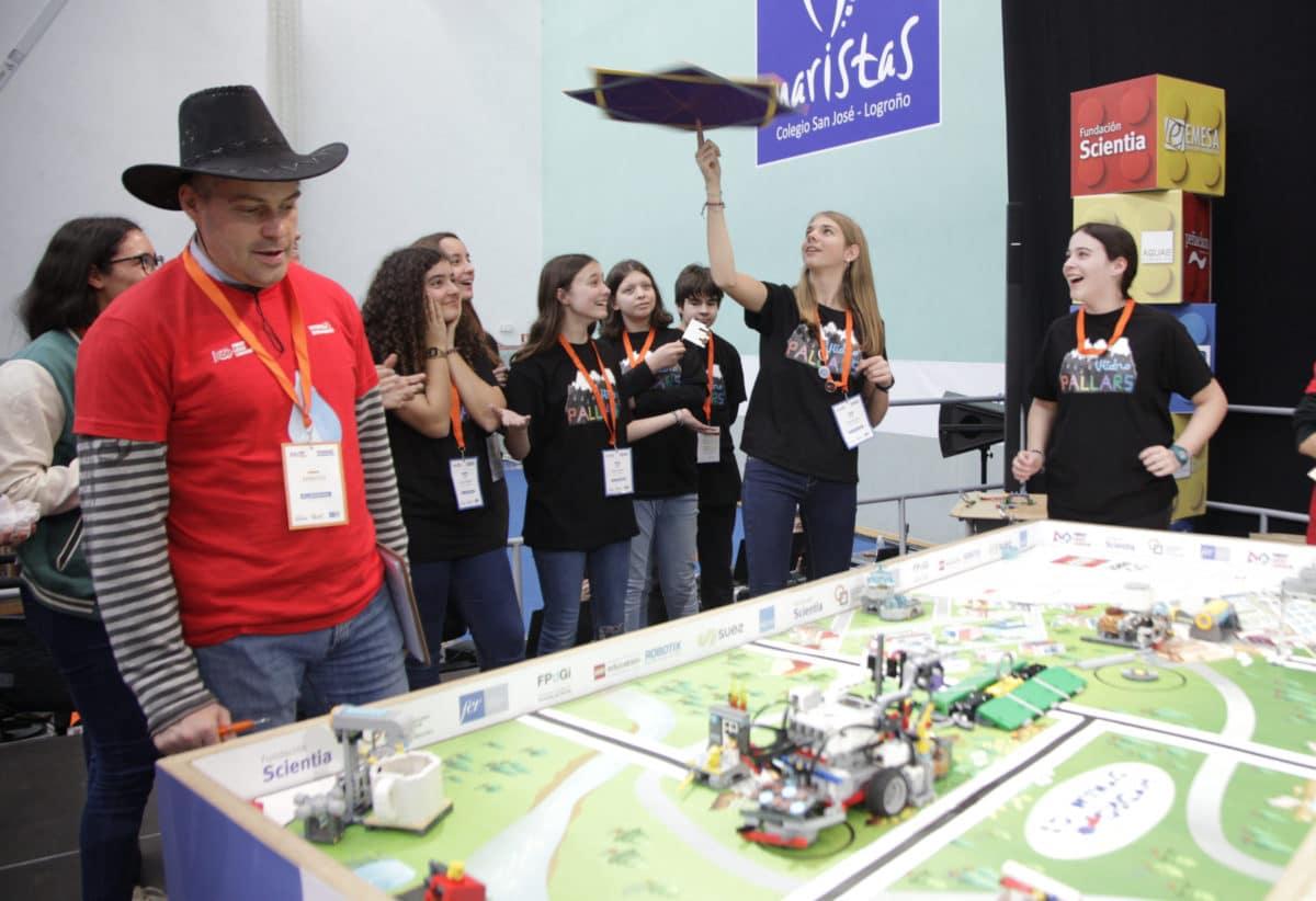 Premio para los Los Acuáticos del colegio San Lorenzo de Ezcaray en la Gran Final FIRST LEGO League España 25
