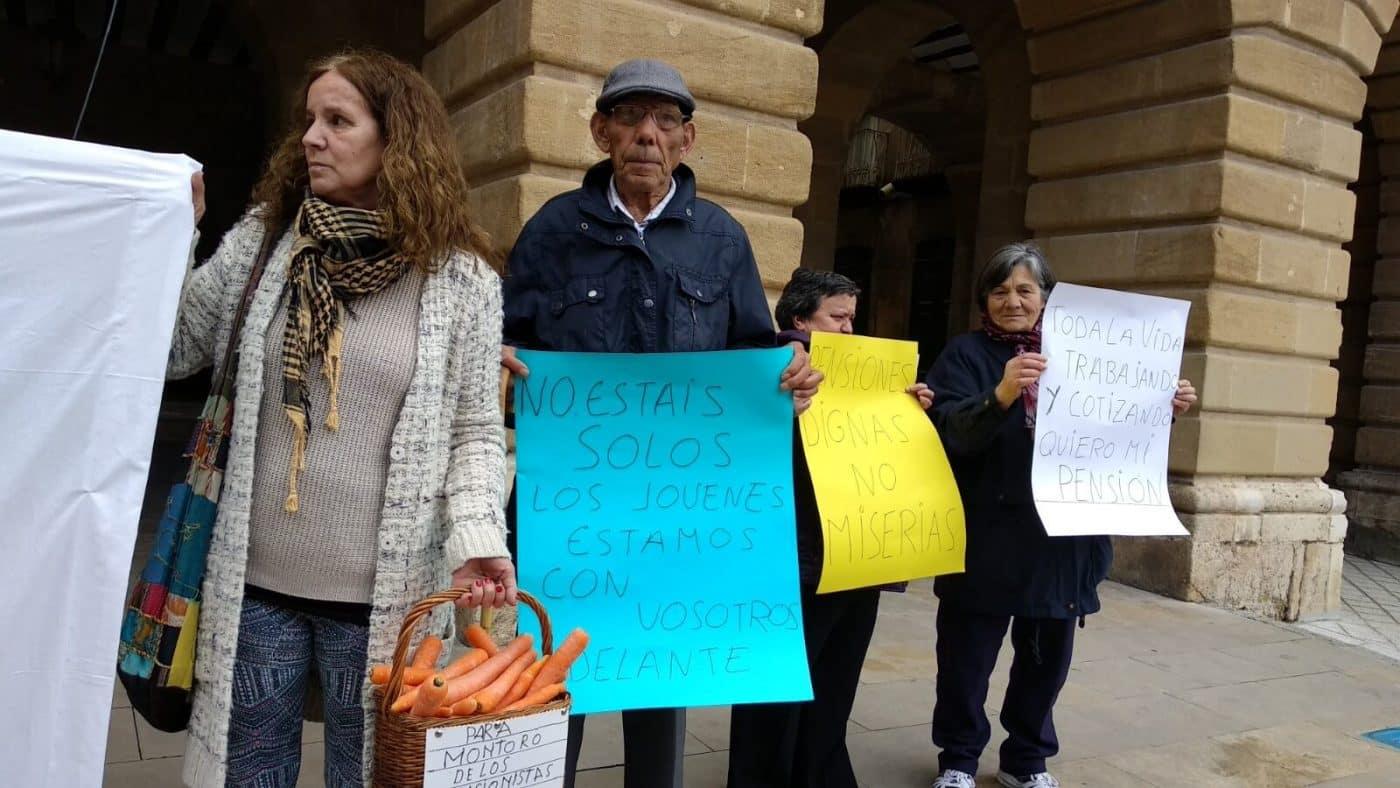 Zanahorias para Montoro, nueva protesta en Haro por unas pensiones dignas 6