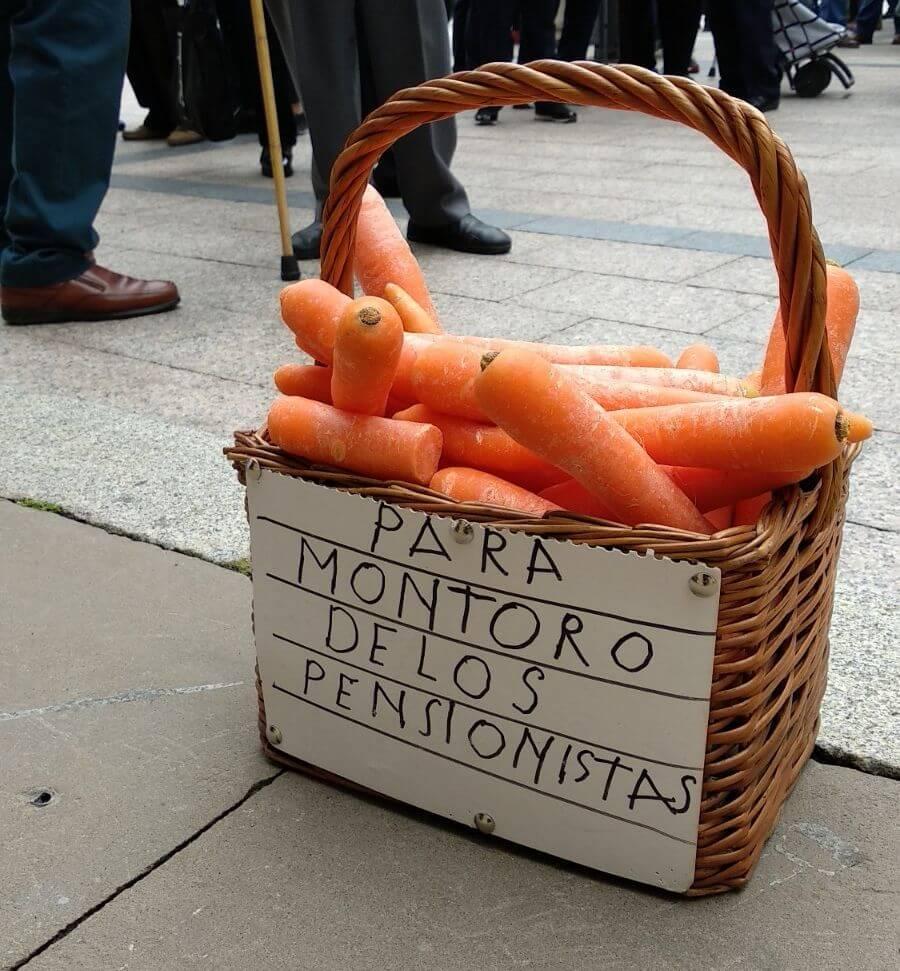 Zanahorias para Montoro, nueva protesta en Haro por unas pensiones dignas 7