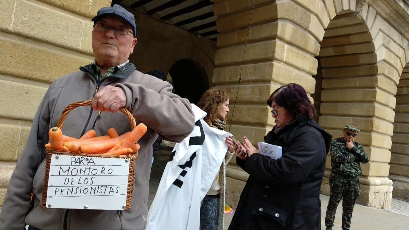 Zanahorias para Montoro, nueva protesta en Haro por unas pensiones dignas 1