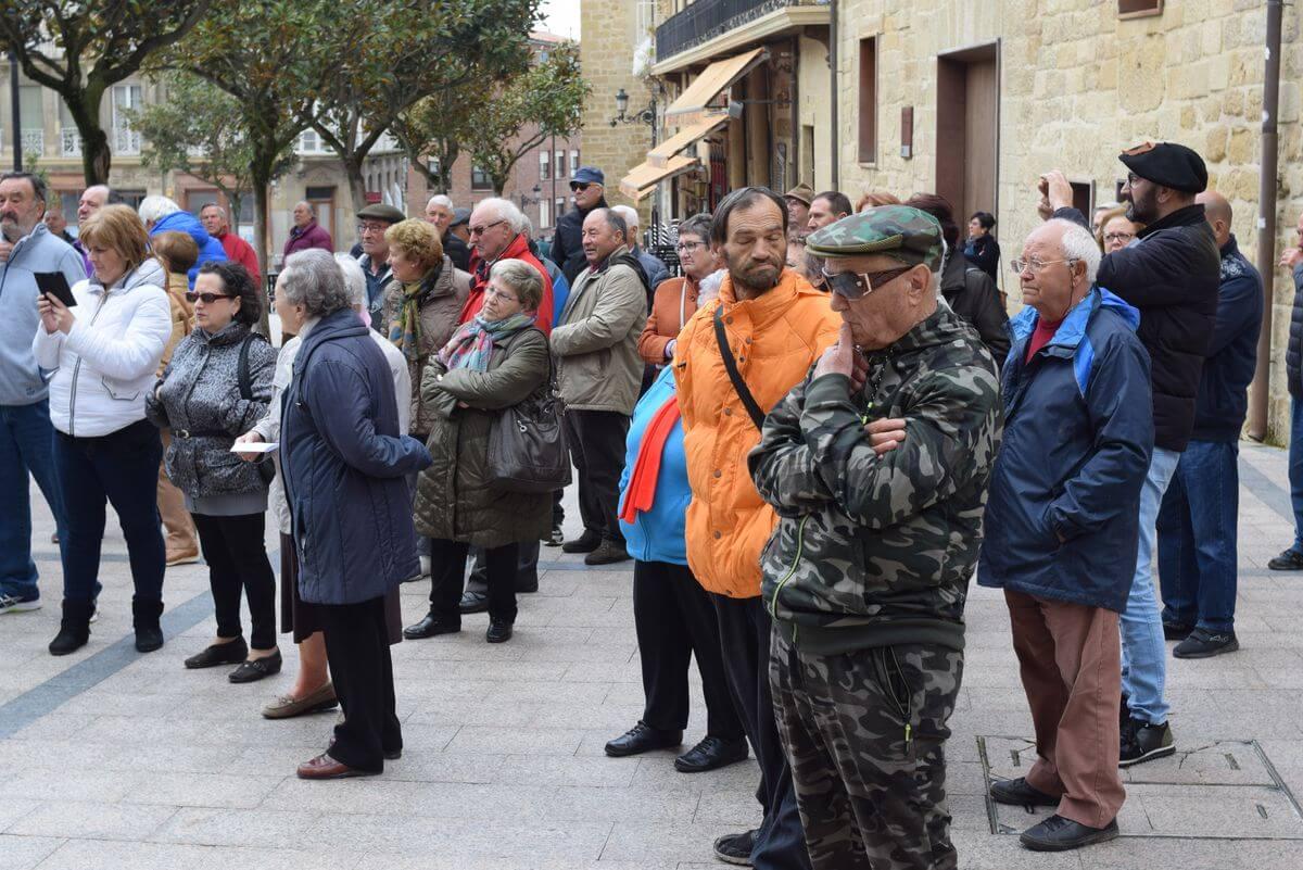 Zanahorias para Montoro, nueva protesta en Haro por unas pensiones dignas 5