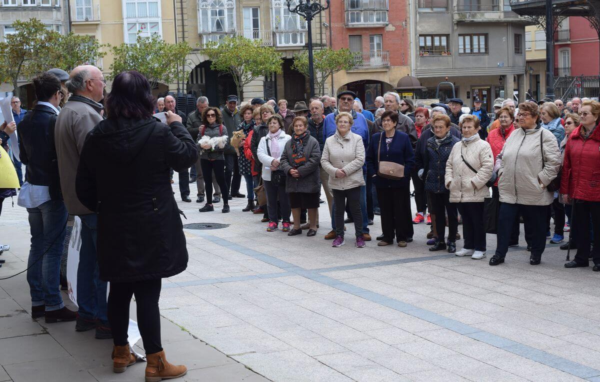 Zanahorias para Montoro, nueva protesta en Haro por unas pensiones dignas 4