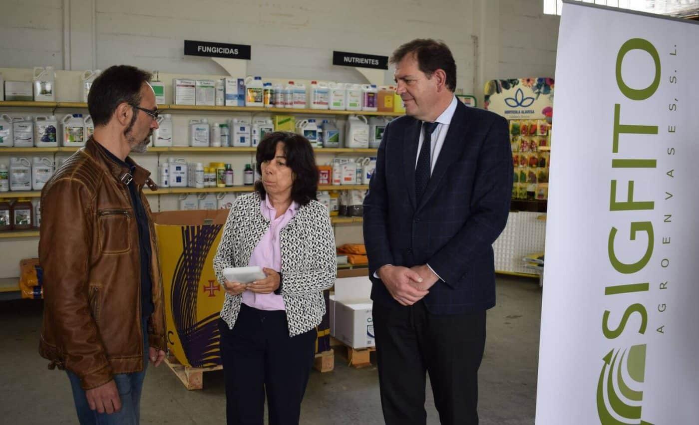 """Agroquímicos Arce de Haro recibe el premio SIGFITO """"por su compromiso ambiental"""" en el reciclaje de envases agrarios 1"""