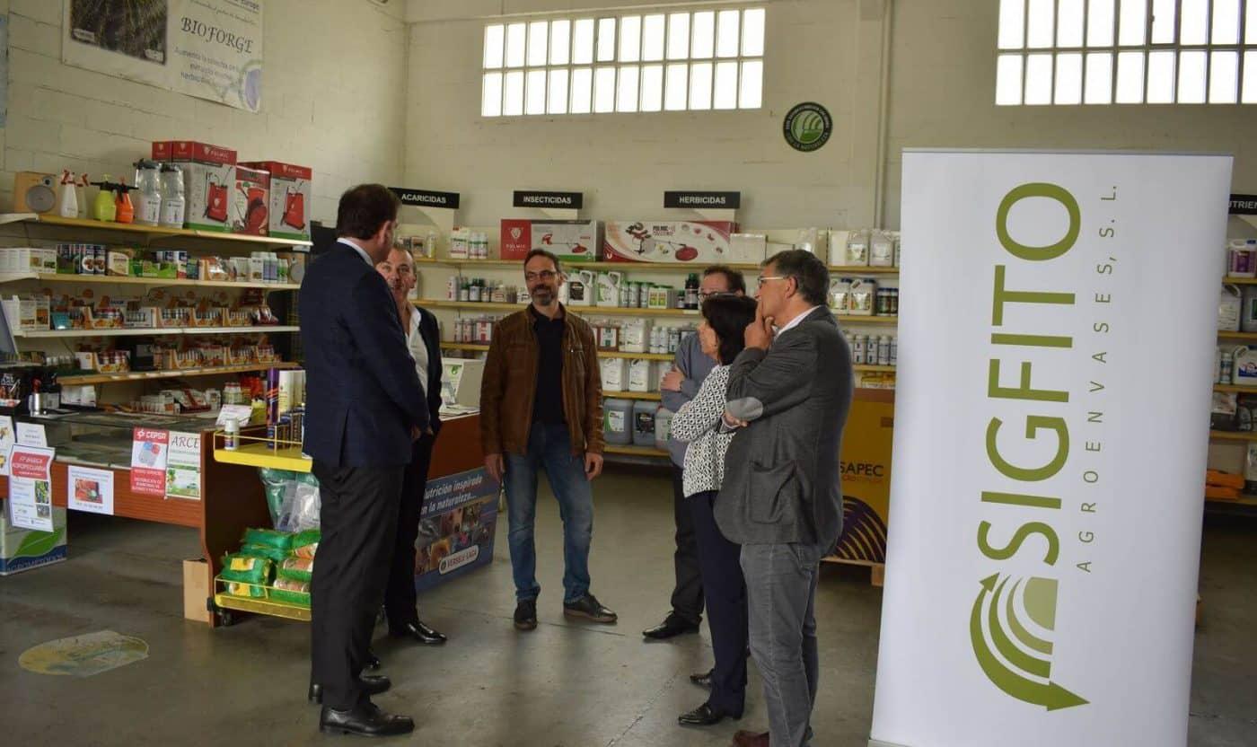 """Agroquímicos Arce de Haro recibe el premio SIGFITO """"por su compromiso ambiental"""" en el reciclaje de envases agrarios 2"""